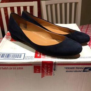 GUC navy leather suede ballet flats